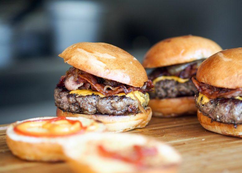 467571_burger-731298_1920