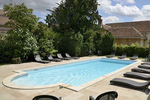 514685_hotel-restaurant-le-tadorne-galerie-piscine02
