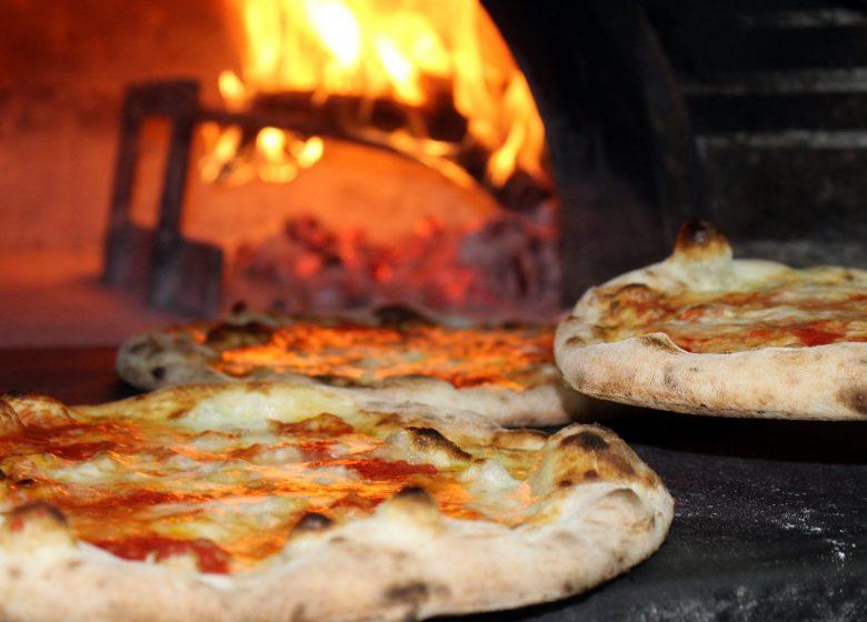 539570_pizza-2810589_1920