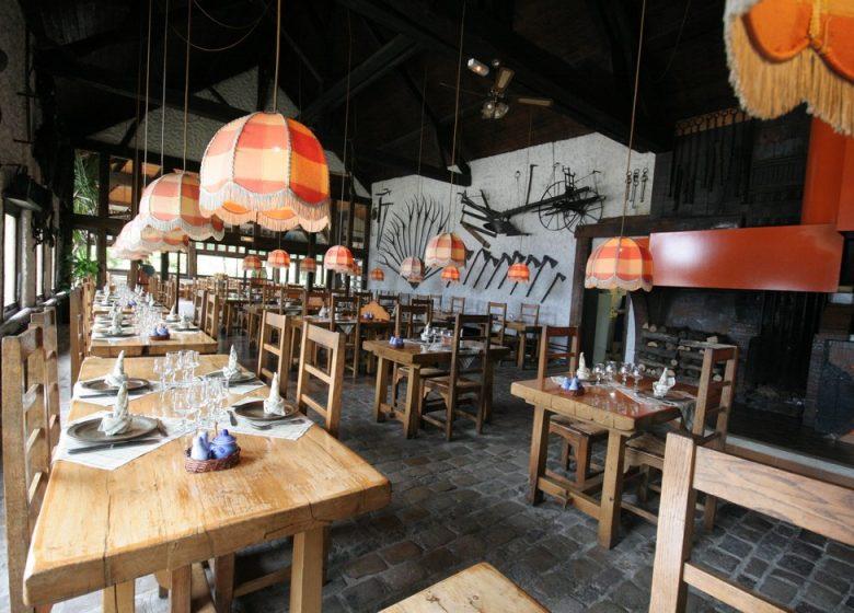 567057_restaurant