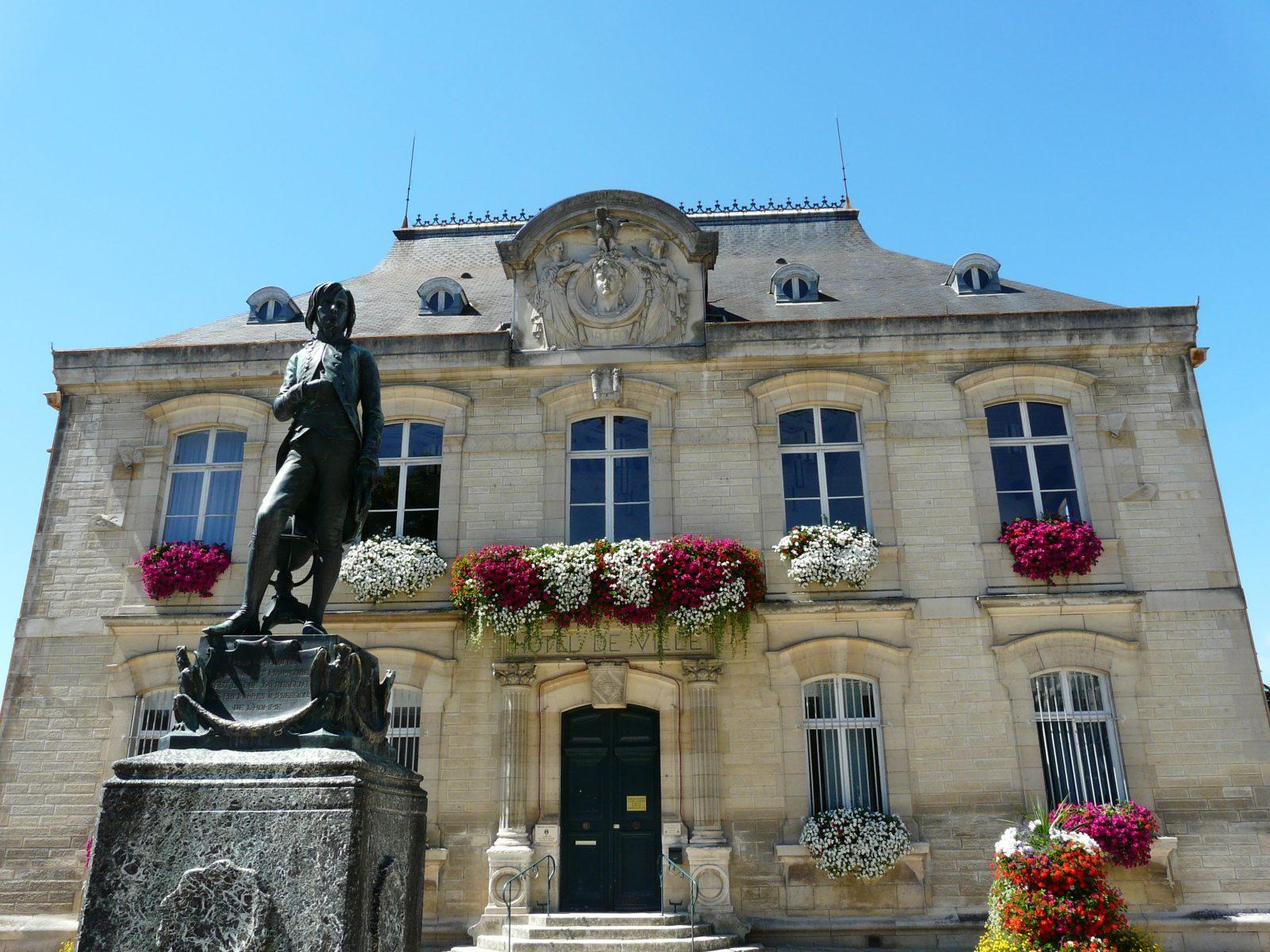 623822_mairie_-_ot_brienne-le-chateau_al_2