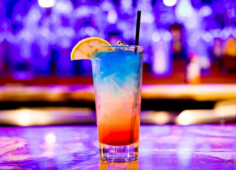 625570_cocktail-3327242_1920